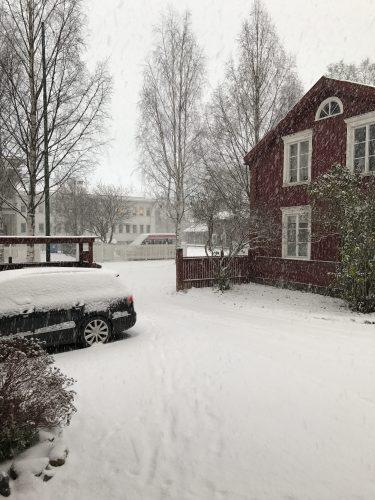 Snöande november