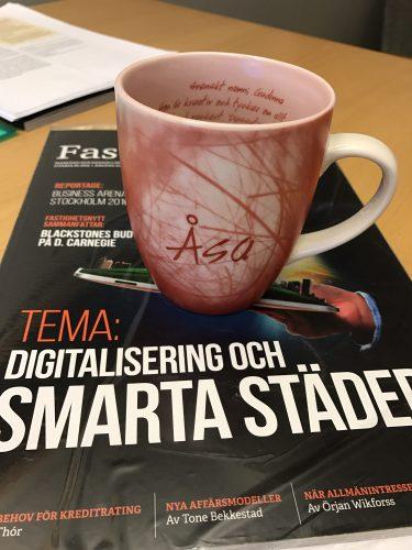 Kaffe och tidning